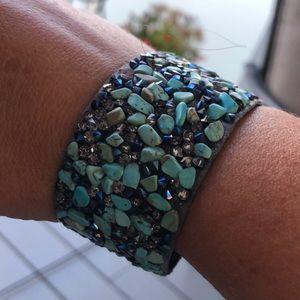 Beautiful SAX FAveneue stone Bracelet
